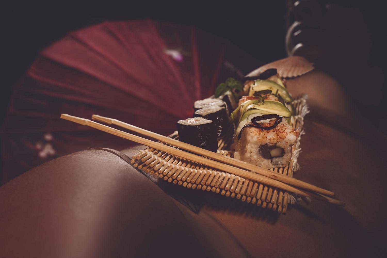 Fotografo Nyotaimori cibo sul corpo femminile - www.CiroPizzo.com